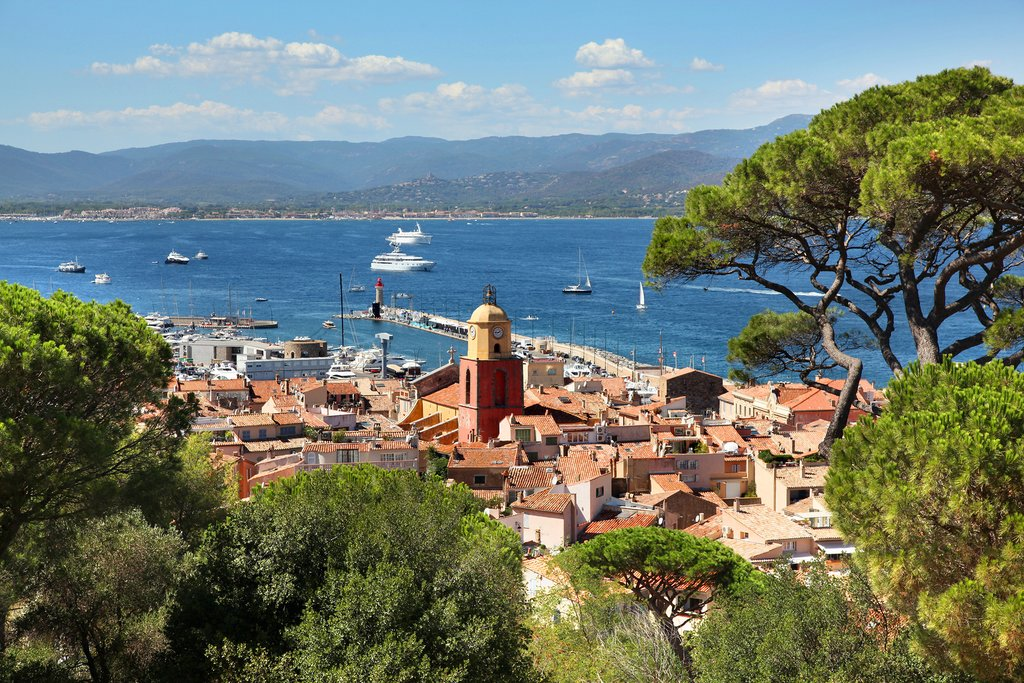 How to Get from Aix en Provence to Saint Tropez