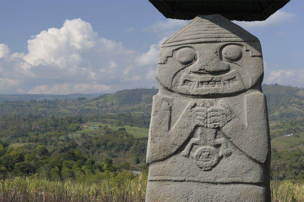 San Agustin´s Statue