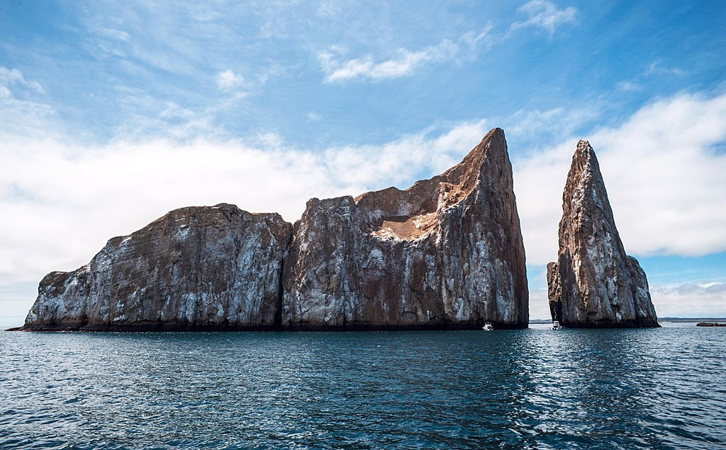 Kicker Rock, an excellent snorkeling spot