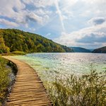 Walk and hike along the trails around Plitvice Lakes National Park