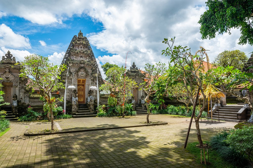 Puri Kantor Temple in Ubud