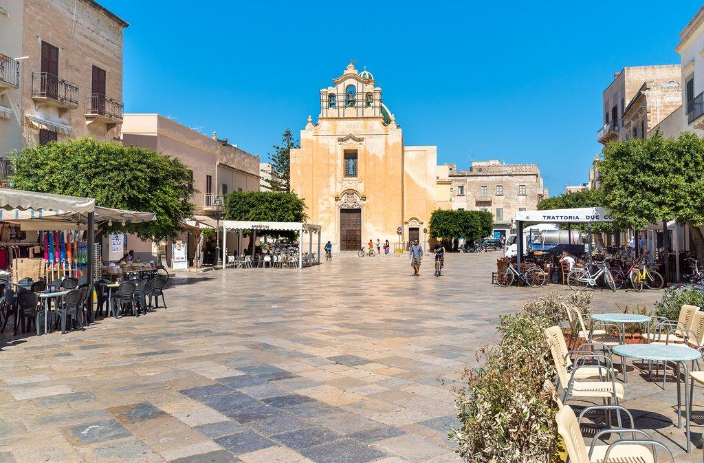 Town square on the Aegadi Island of Favignana
