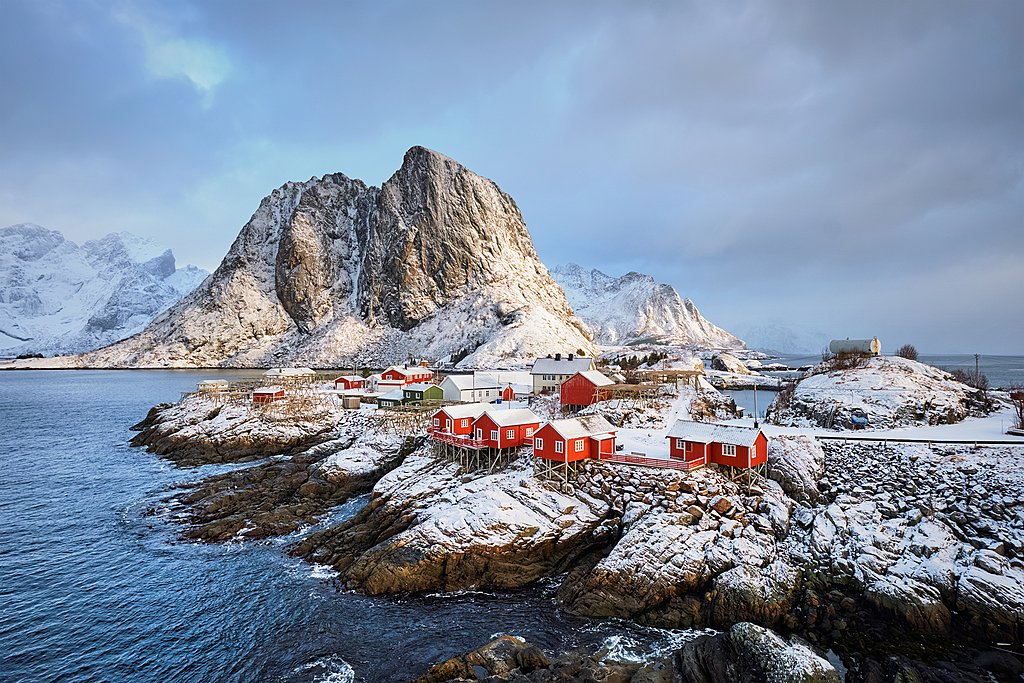 The picturesque village of Hamnøy