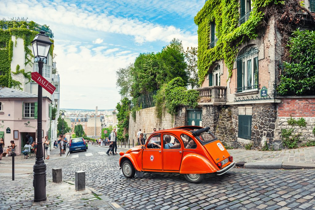 Vintage car in Paris
