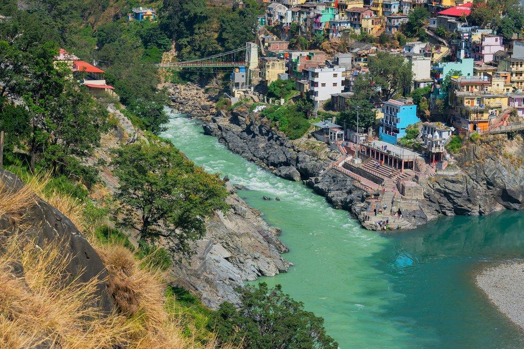 Pass through Devprayag