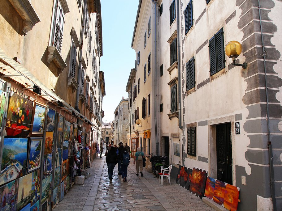 The streets of Rovinj are full of art galleries
