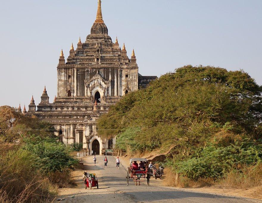Thatbyinnyu Temple in Bagan