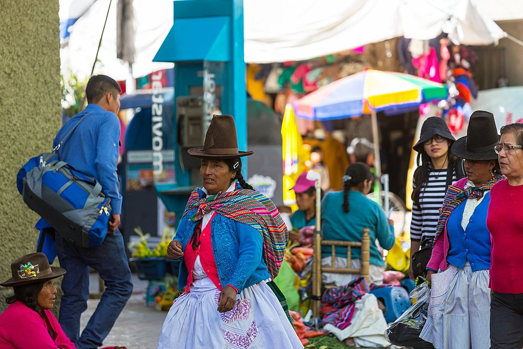 A busy market day in Huaraz