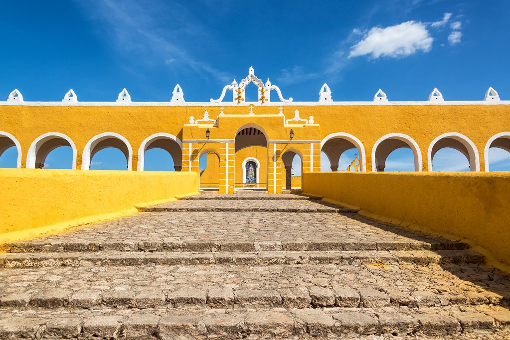 Mexico - Path leading up to Izamal's monastery