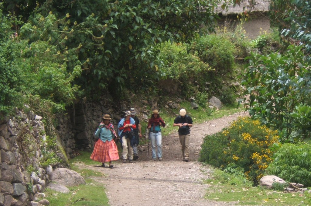 A path through a pre-Colombian village