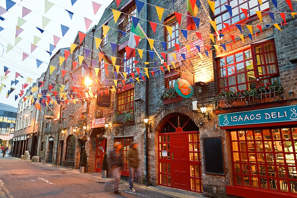 The colorful streets of Dublin's Temple Bar.