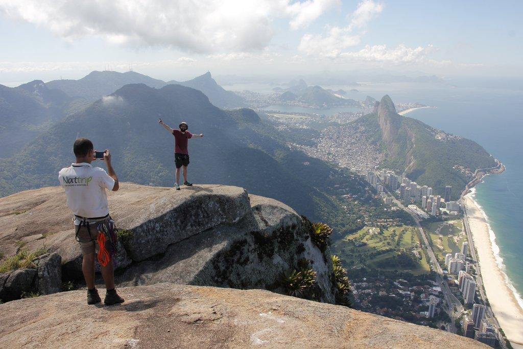 Pedra da Gávea summit