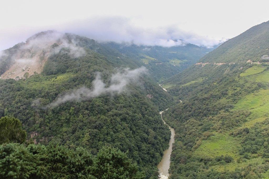 Tongsa River, Bumthang