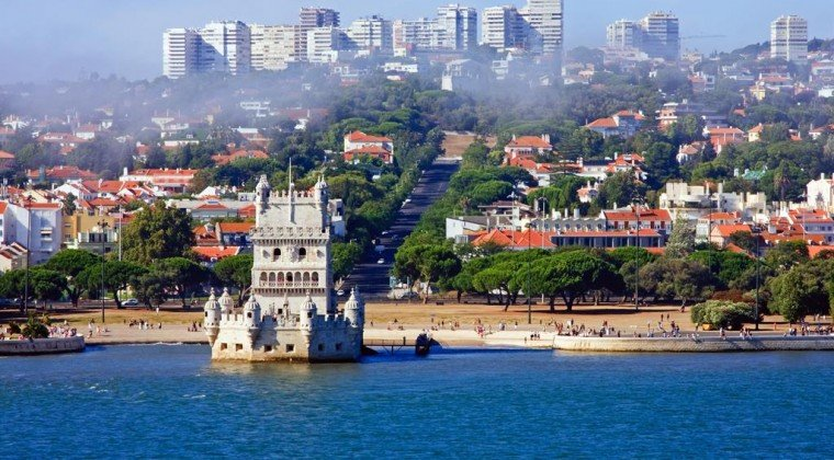 See the sights on your Tagus River Cruise