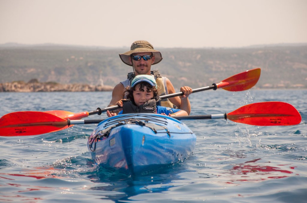 Kayaking with the Whole Family - Photo from MAMAKITA