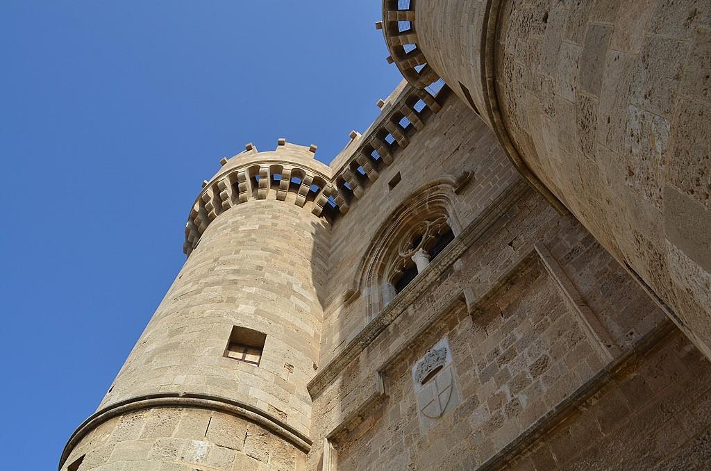 Castle columns