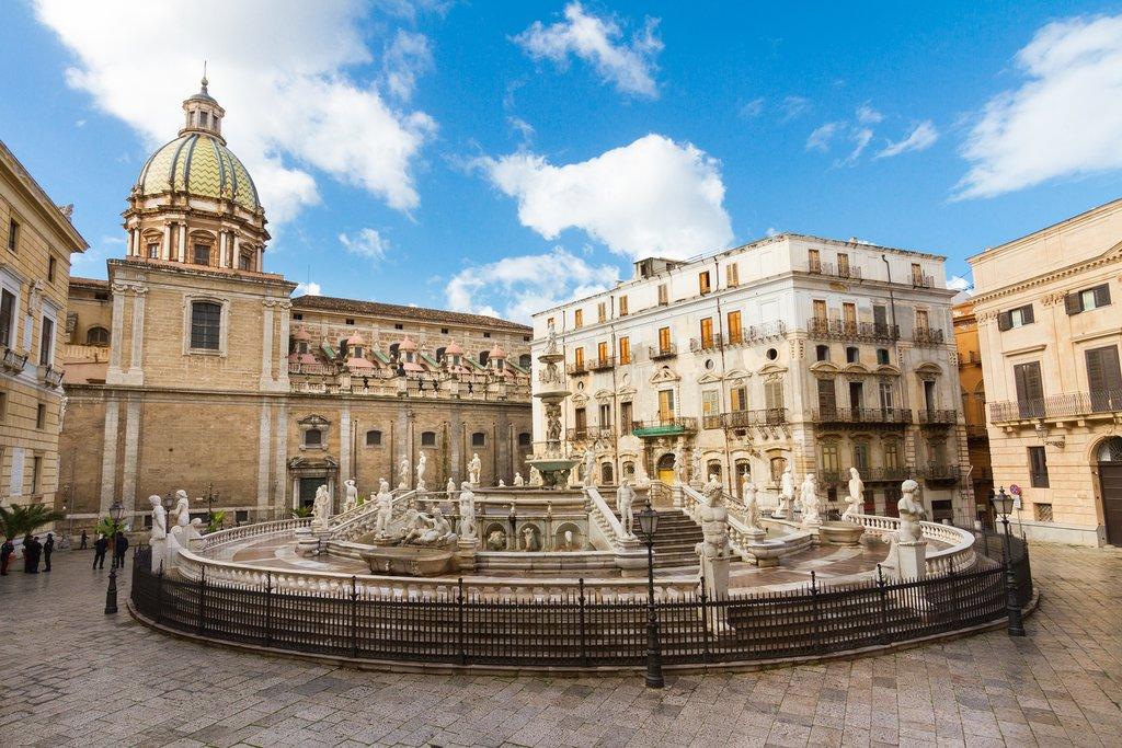 Fontana Pretoria and City Hall, Palermo