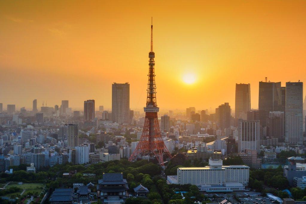 Sunset over the Tokyo skyline.