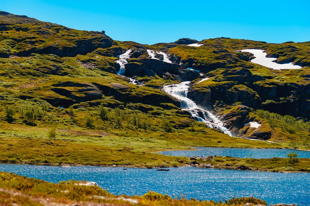 Hike to the many waterfalls of Hallingskarvet National Park