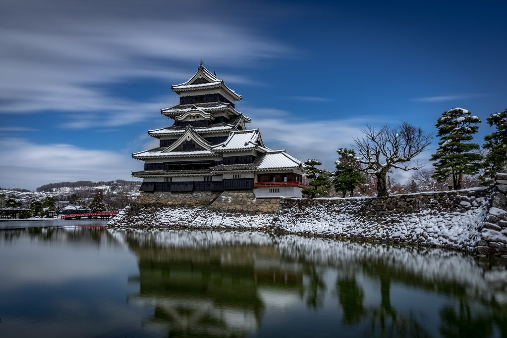 Matsumoto Castle in winter.