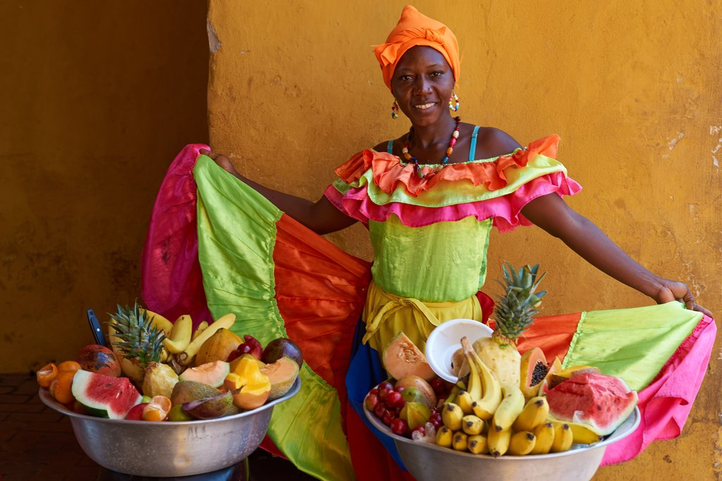 Palenquera (fruit vendor) in traditional dress
