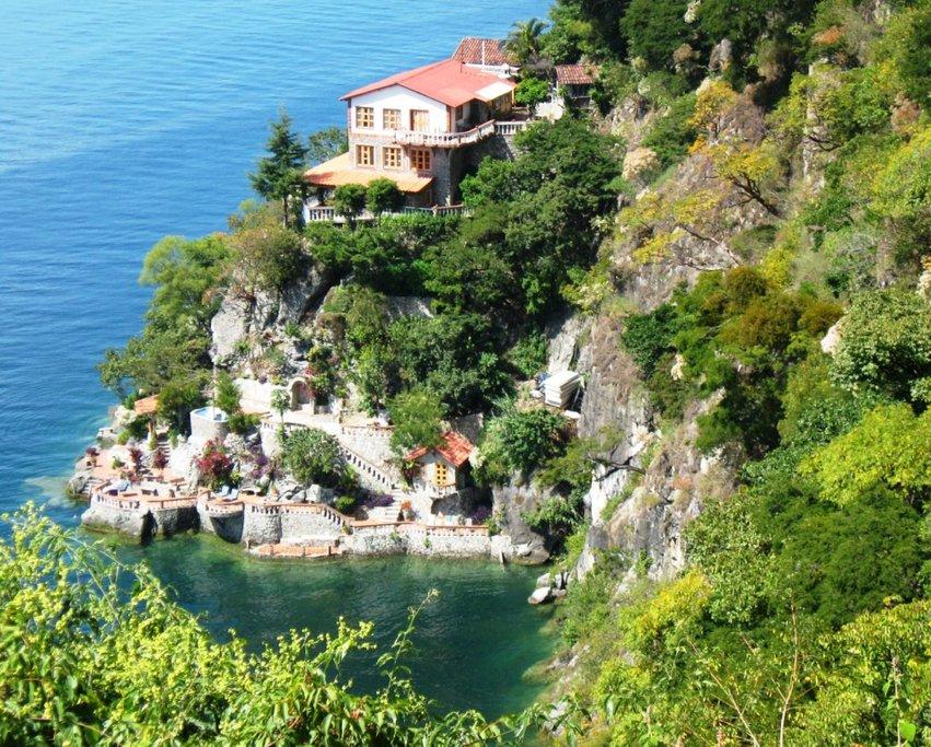 Casa del Mundo - Lake Atitlan