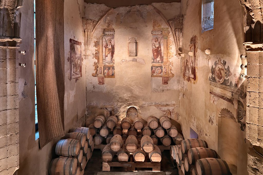Tour a winery in Ronda