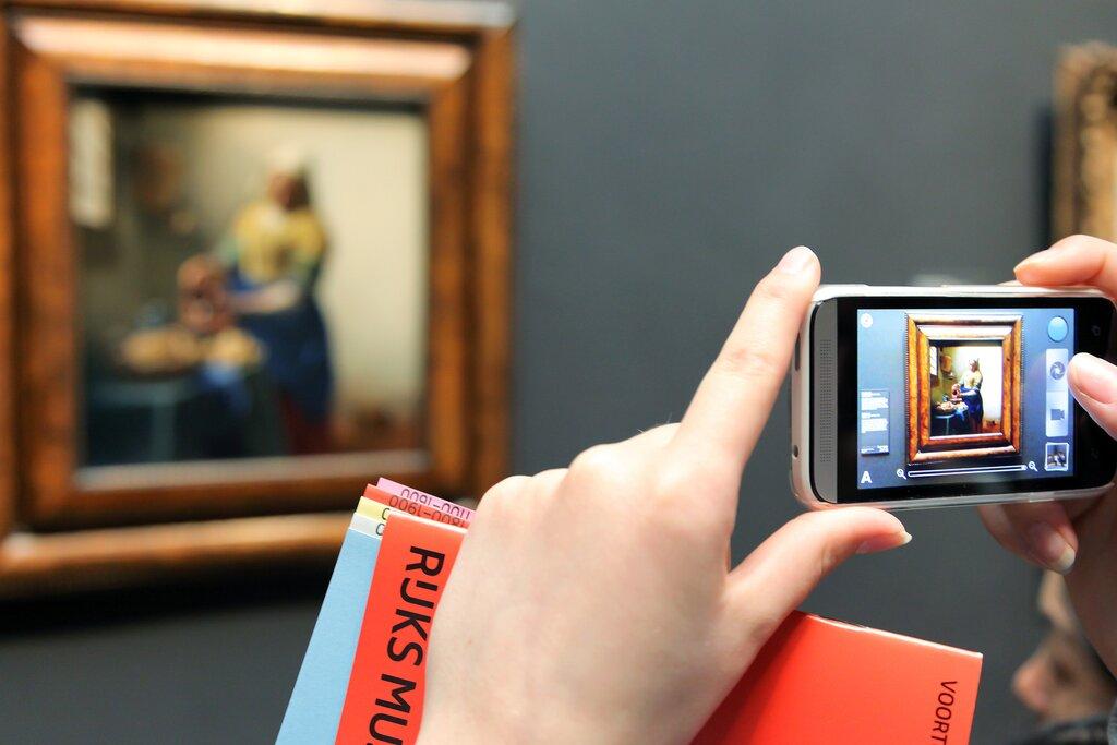 Viewing Vermeer's paintings in Amsterdam
