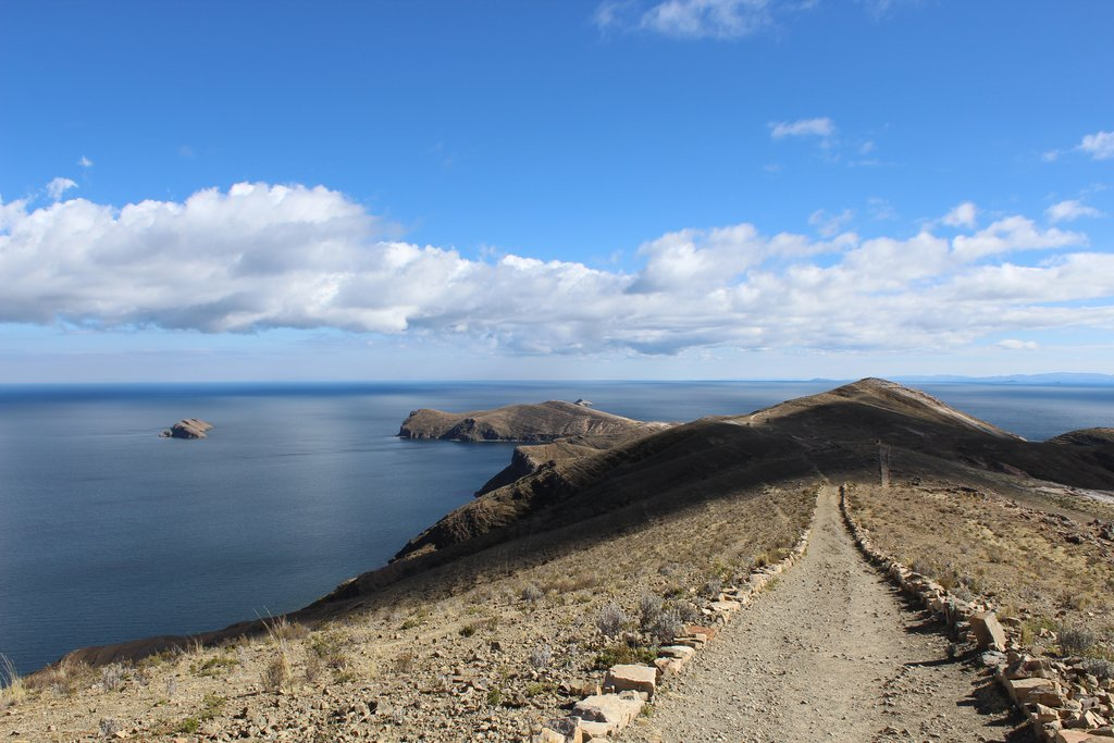 The path along the shoreline of Titicaca.