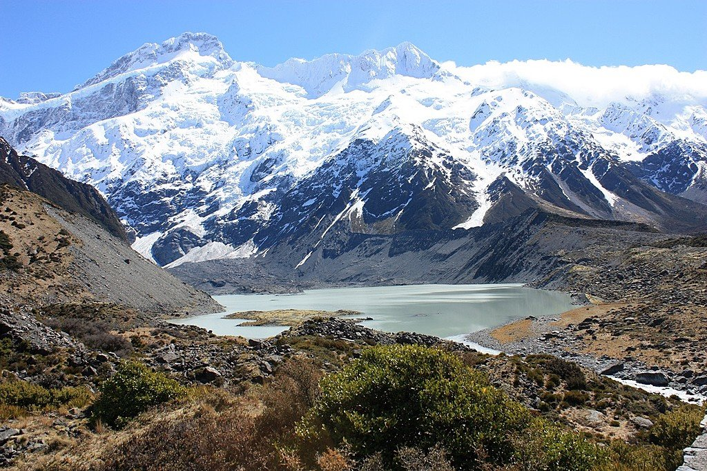 Hooker Lake near Mt. Cook