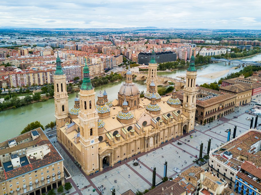 Aerial view of Zaragoza and the cathedral