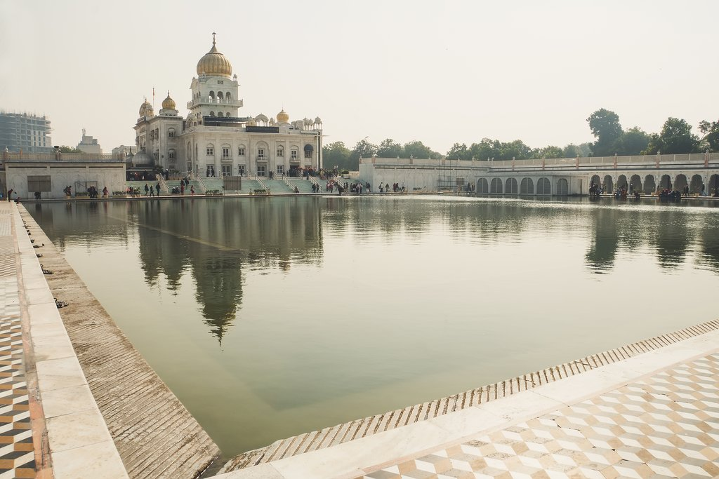 Save Download Preview Gurudwara Bangla Sahib Sik temple in Delhi