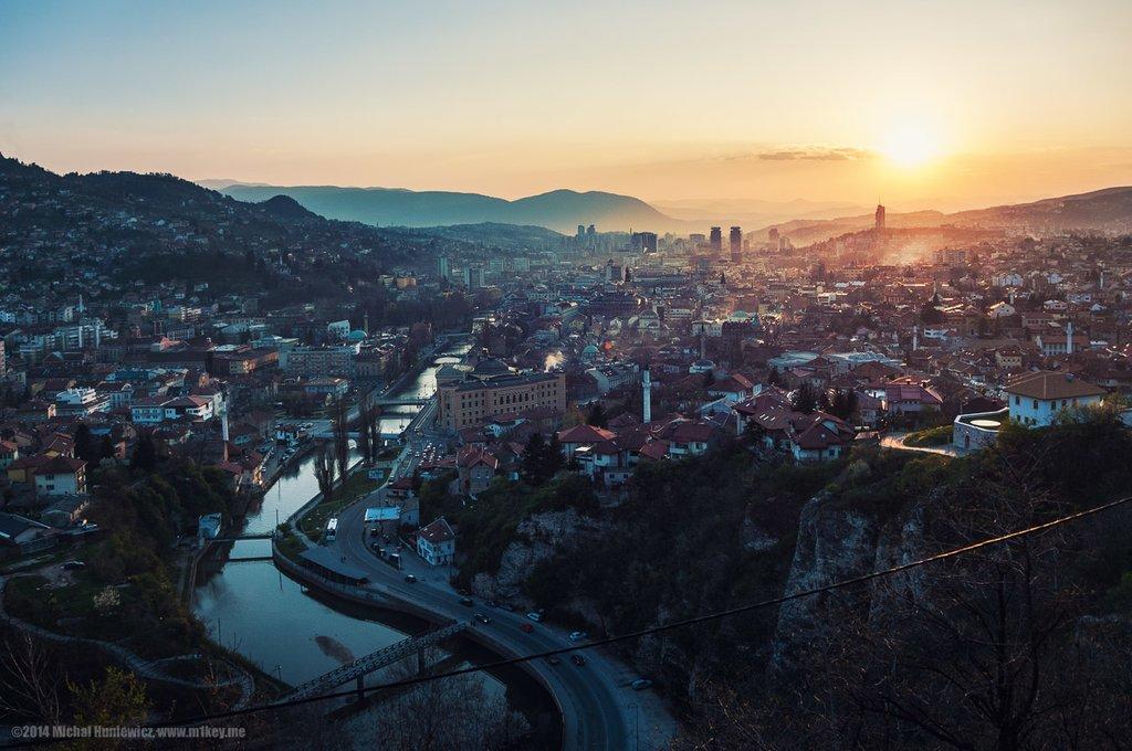 Sunset over Sarajevo (c) Michał Huniewicz
