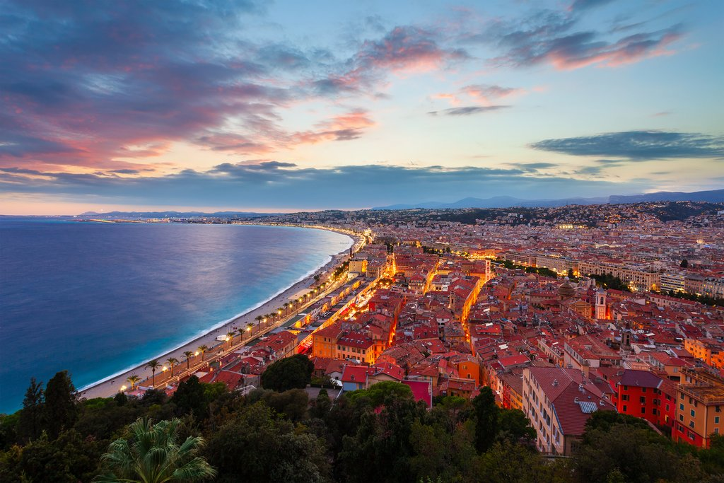How to Get from Aix-en-Provence to Nice