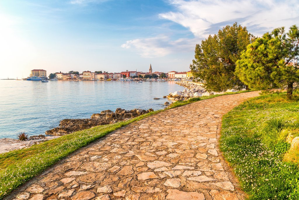 Waterfront path leading to Poreč