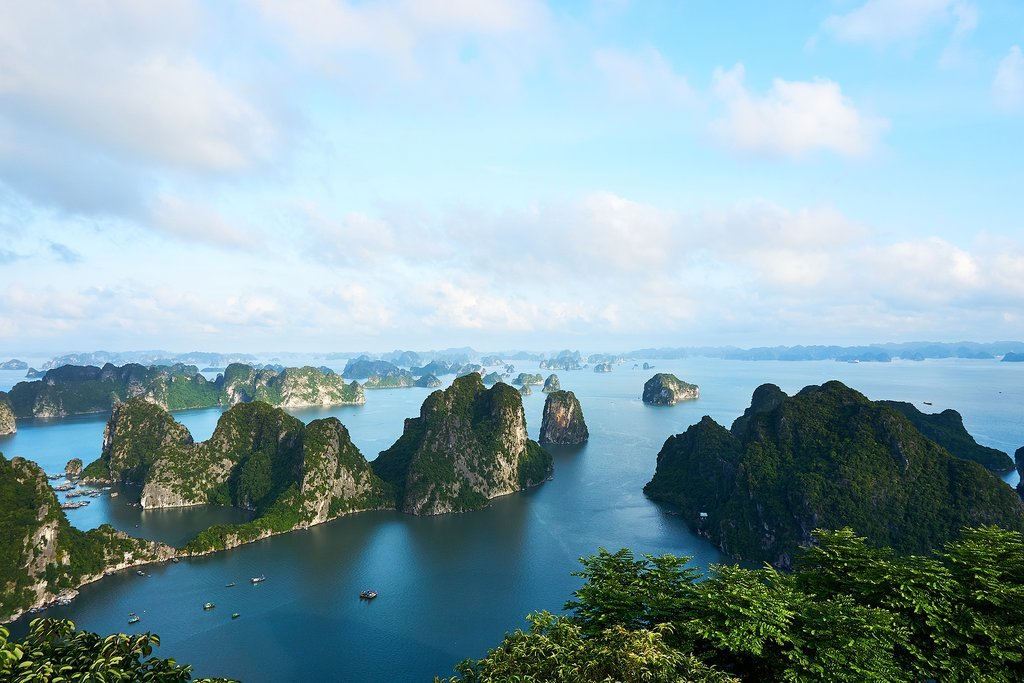 How to Get from Hue to Halong Bay