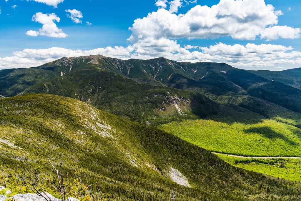 A view of Franconia Ridge across the notch