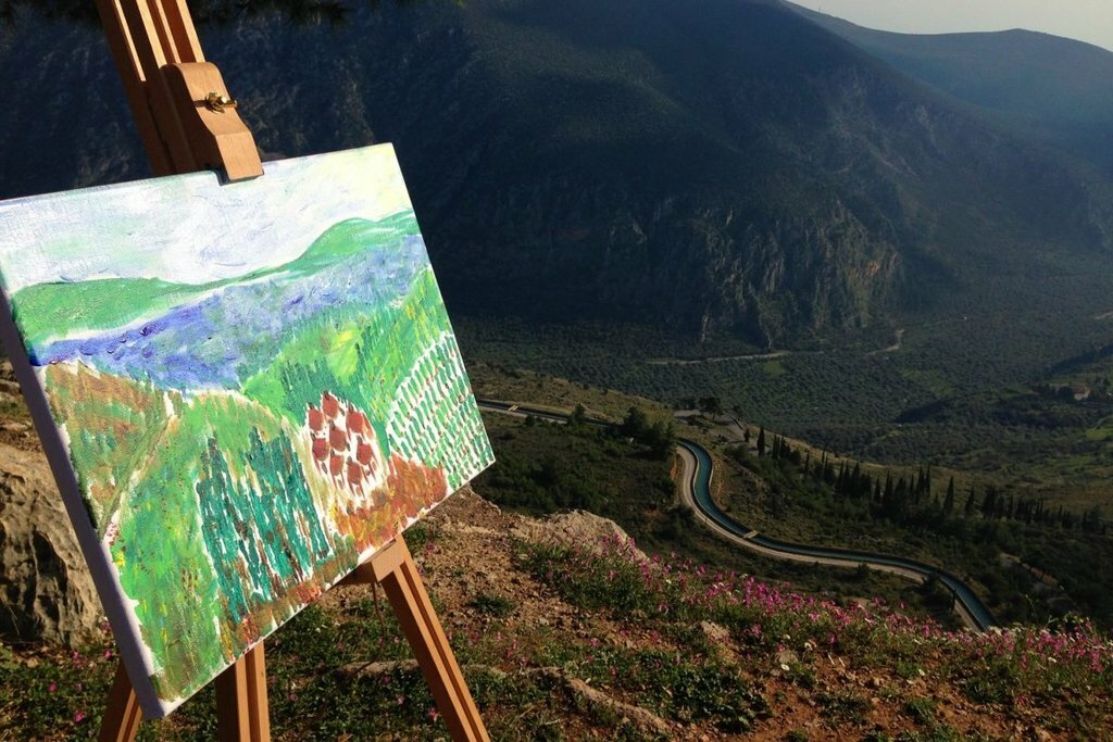 Make your own painting outside Delphi [Photo from MAMAKITA]