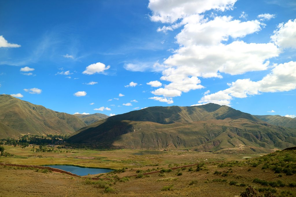 The big skies and rolling landscapes of the Valle Sur.