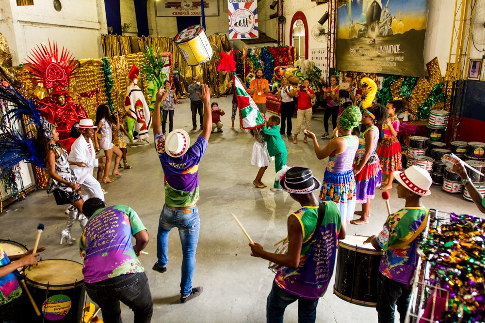 Immerse yourself in the art of Carnival!