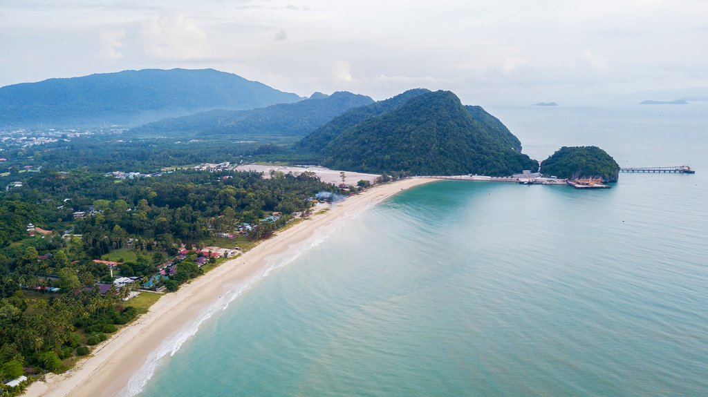 Make your way from Pai down to the quiet fishing village of Khanom