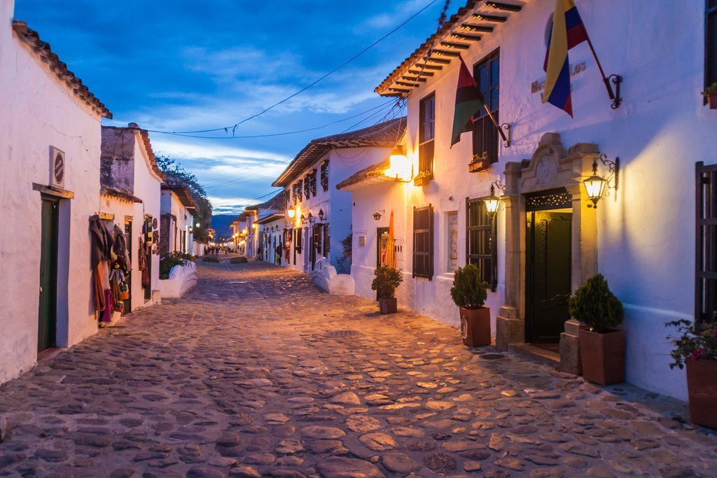 Villa de Leyva at night