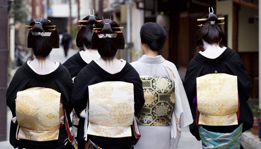 Maiko and Geiko Walking in Kyoto, Japan