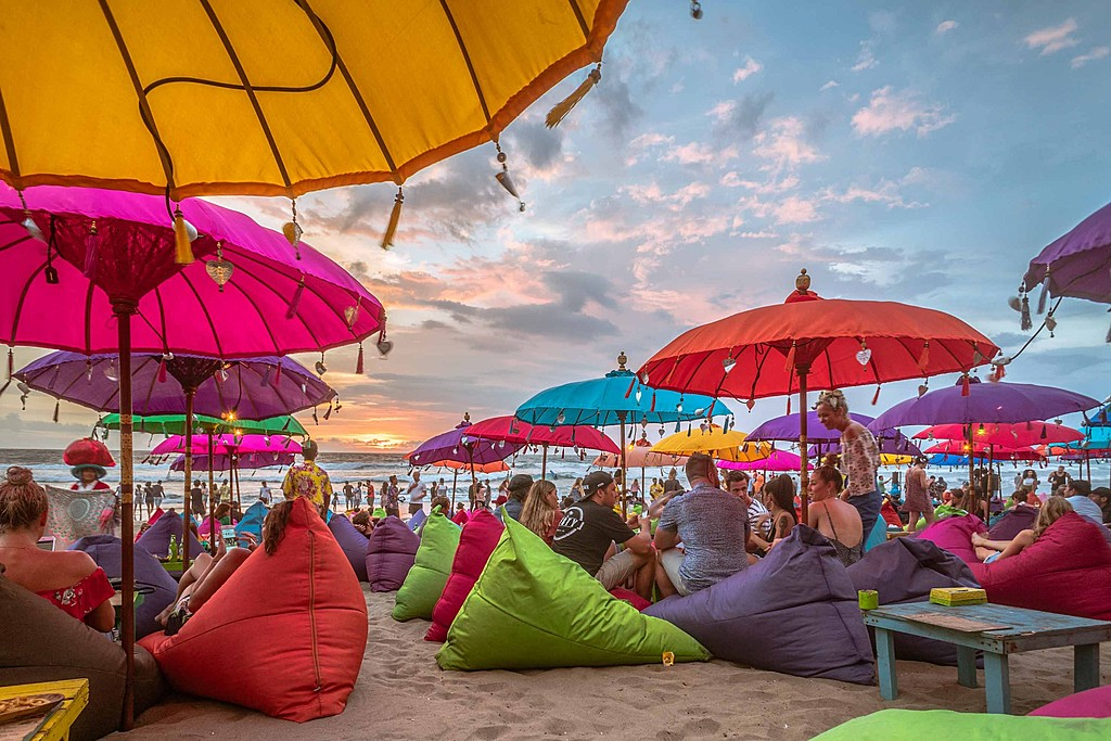 Relax on the beach in Seminyak