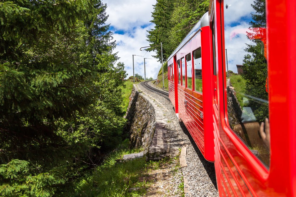 Take this red train to Montenvers