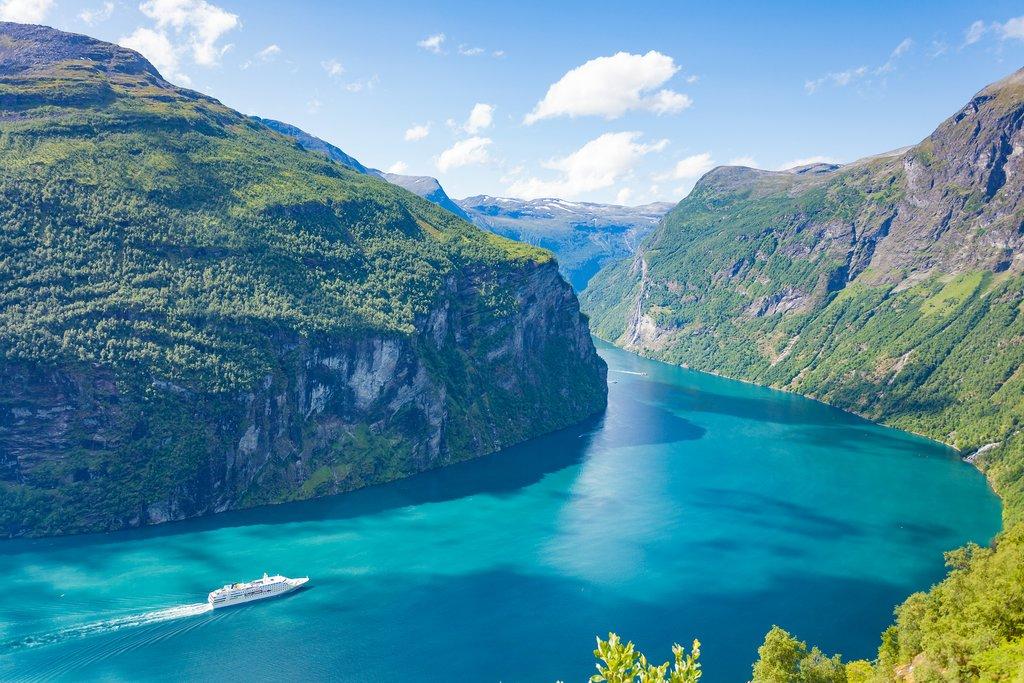 Fjordcruise through the Geirangerfjord