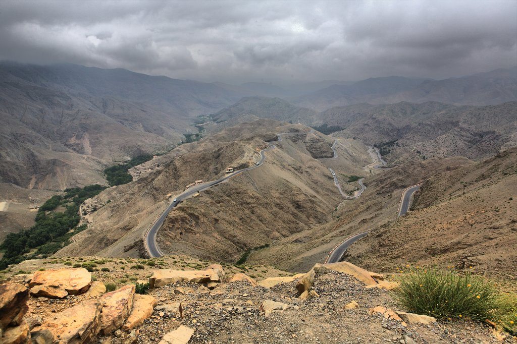 The snaking road down from Tizi n'Tichka Pass