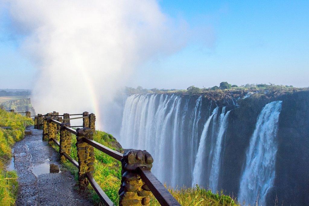Victoria Falls hiking