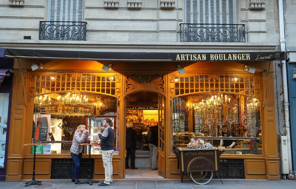 A traditional boulangerie in Paris