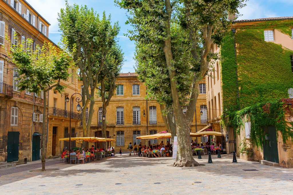 How to Get from Cannes to Aix en Provence